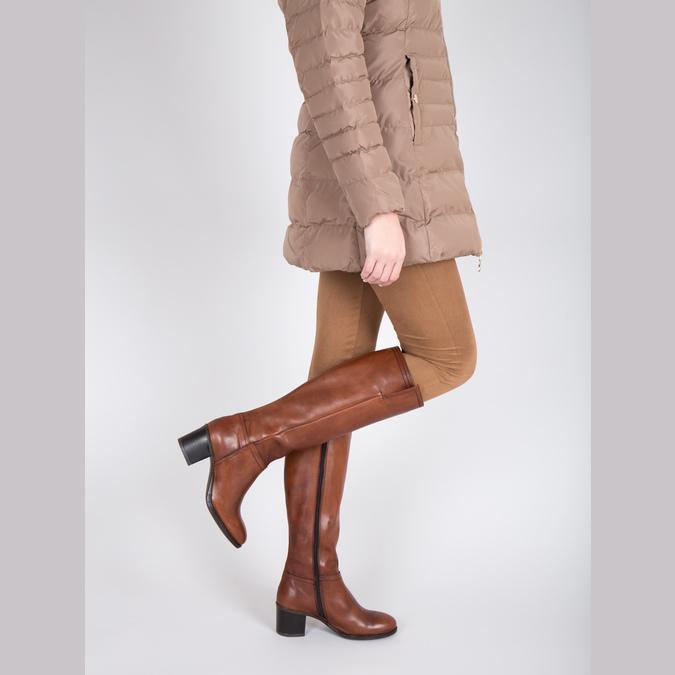 Kozaki damskie ze skóry bata, brązowy, 694-3361 - 18