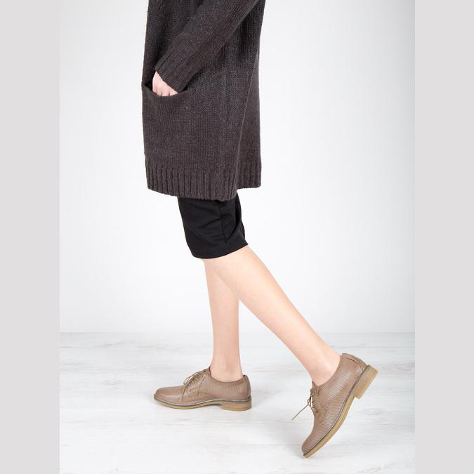 Skórzane półbuty damskie zperforacją bata, brązowy, 526-4621 - 18