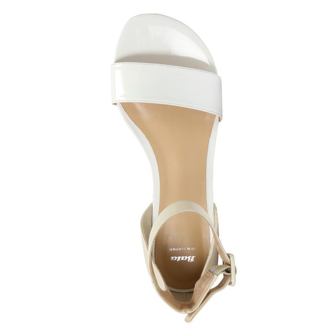 Skórzane sandały damskie bata, biały, 568-1606 - 19
