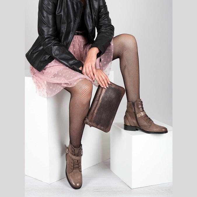Botki damskie zklamrami bata, brązowy, 596-4661 - 19