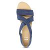 Niebieskie skórzane sandały na koturnach bata, niebieski, 563-9600 - 17