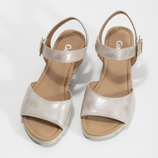 Srebrne skórzane sandały na koturnach gabor, srebrny, 766-5015 - 16