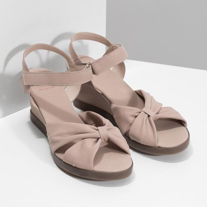 Beżowe skórzane sandały na koturnach flexible, beżowy, 666-5617 - 26