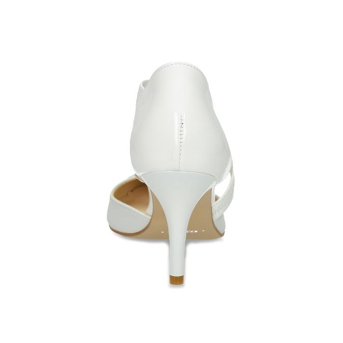 Białe czółenka w szpic z paskiem na podbiciu bata, biały, 724-1904 - 15